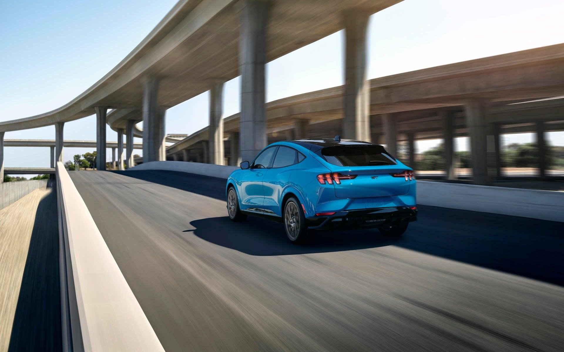 399521 Ford Mustang Mach E 2021 cinq choses a savoir