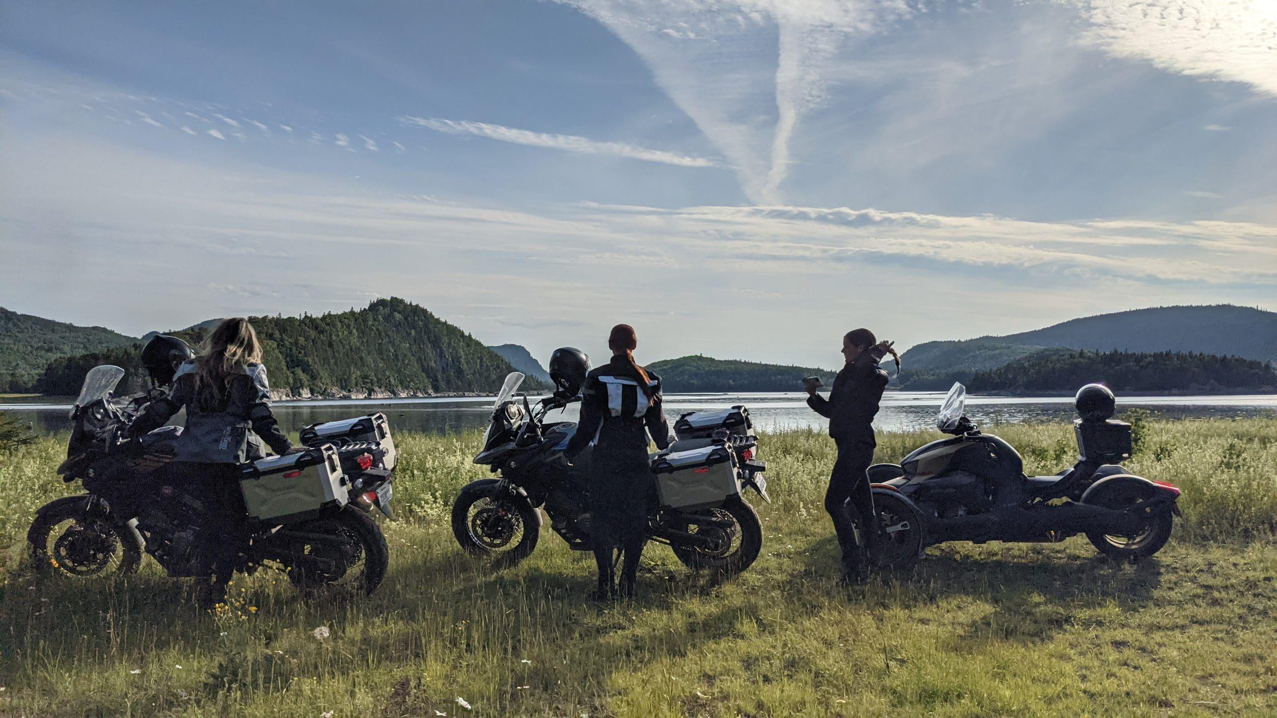 Les bagages limitées à moto