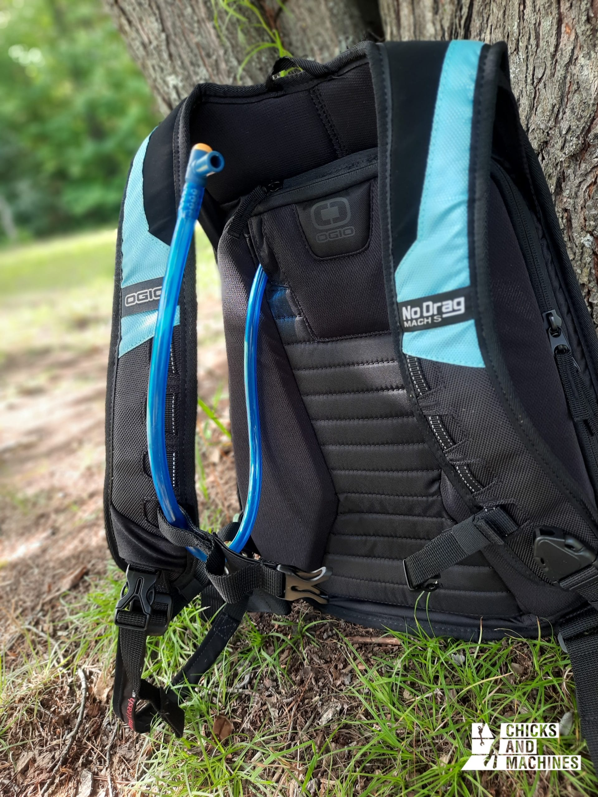 Well-padded back with room for a hydration pouch