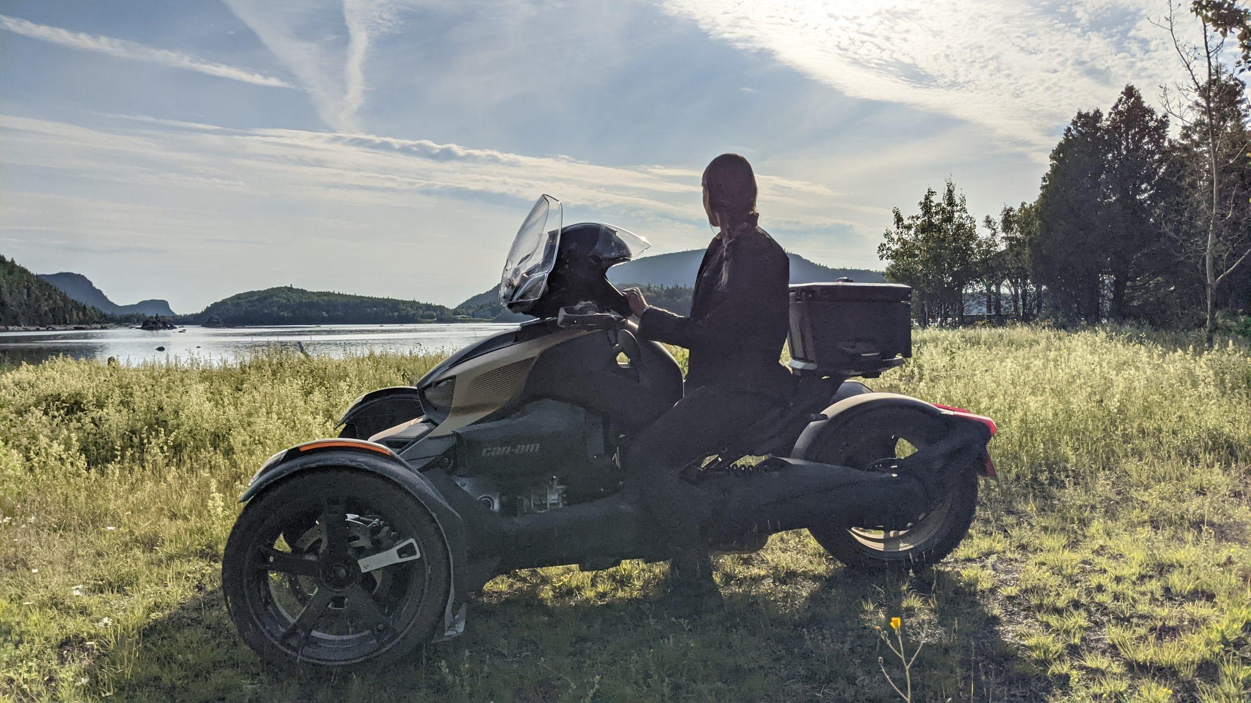 Émilie en roadtrip au Bas-Saint-Laurent avec sa moto 3 roues
