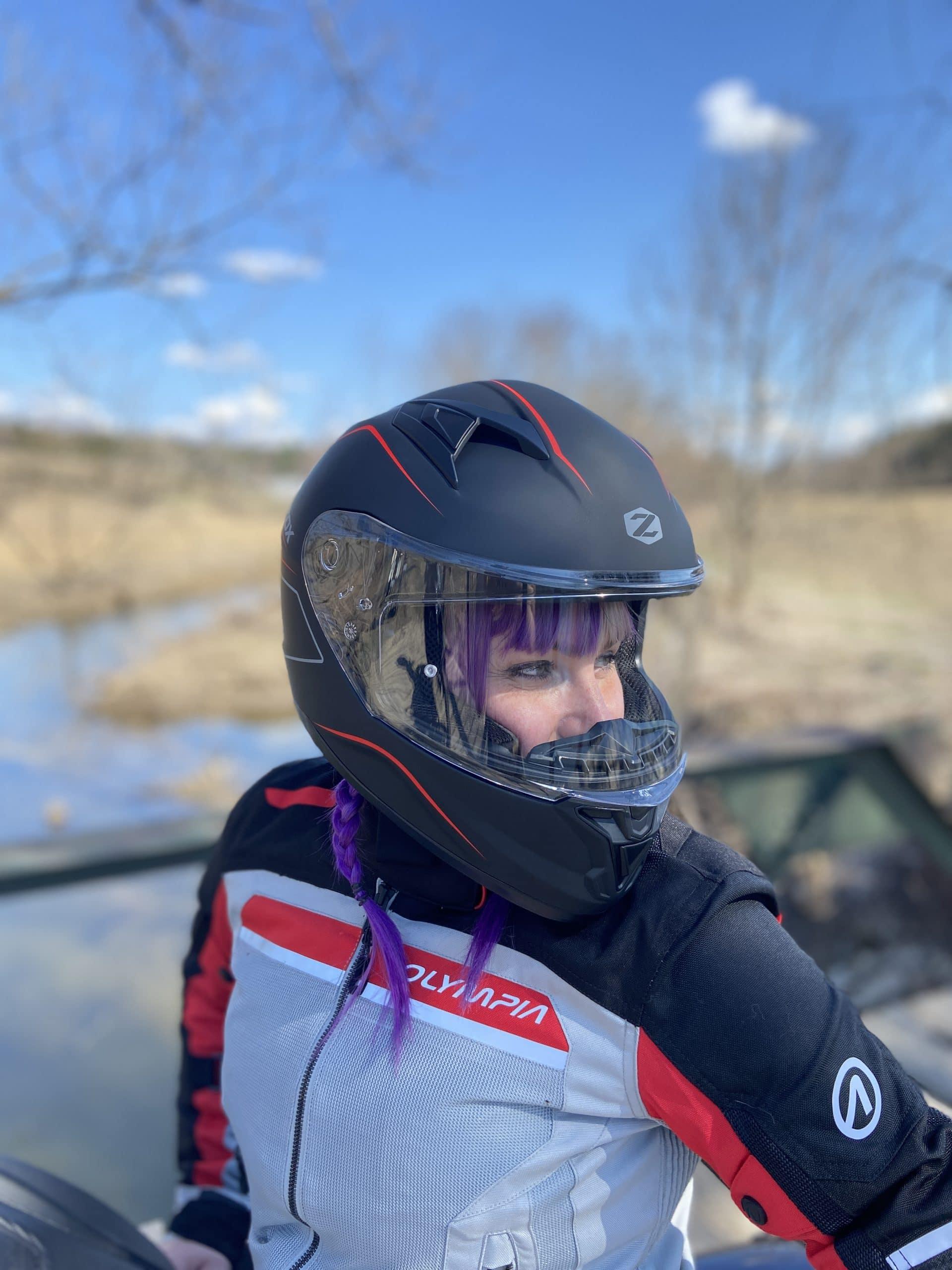 Emi testing the Zox Zenith Monza Helmet. Looking good!