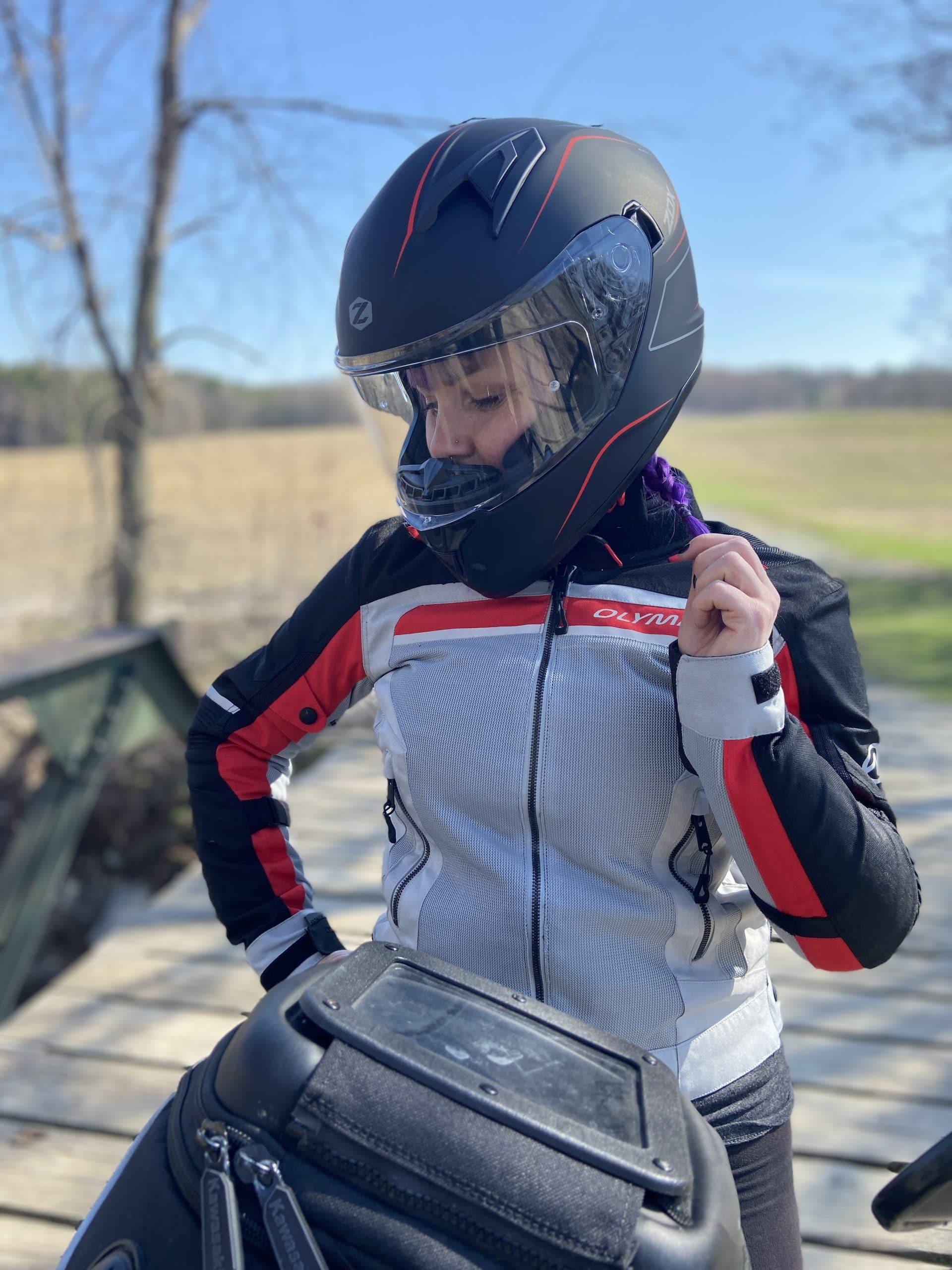 Em looking really great with her Zox Zenith Monza Helmet