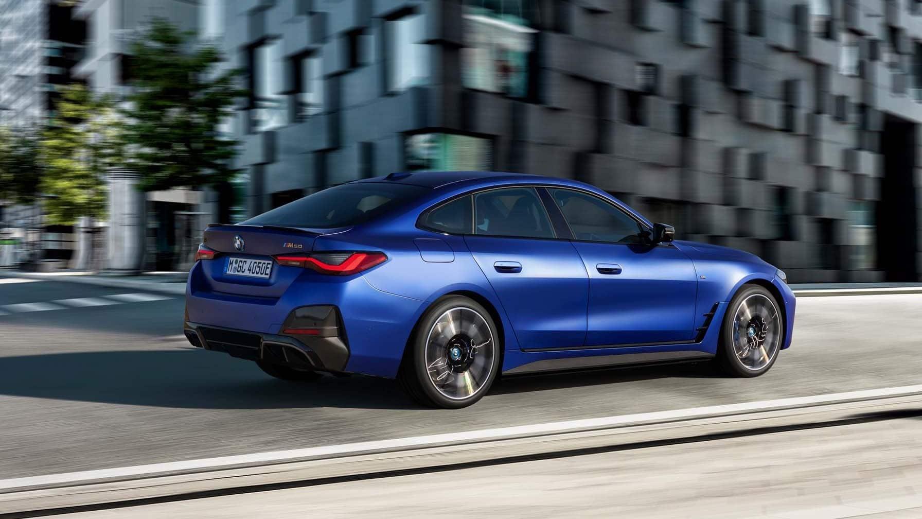 La BMW i4 eDrive est munie d'un seul moteur électrique. Source: www.guideauto.ca
