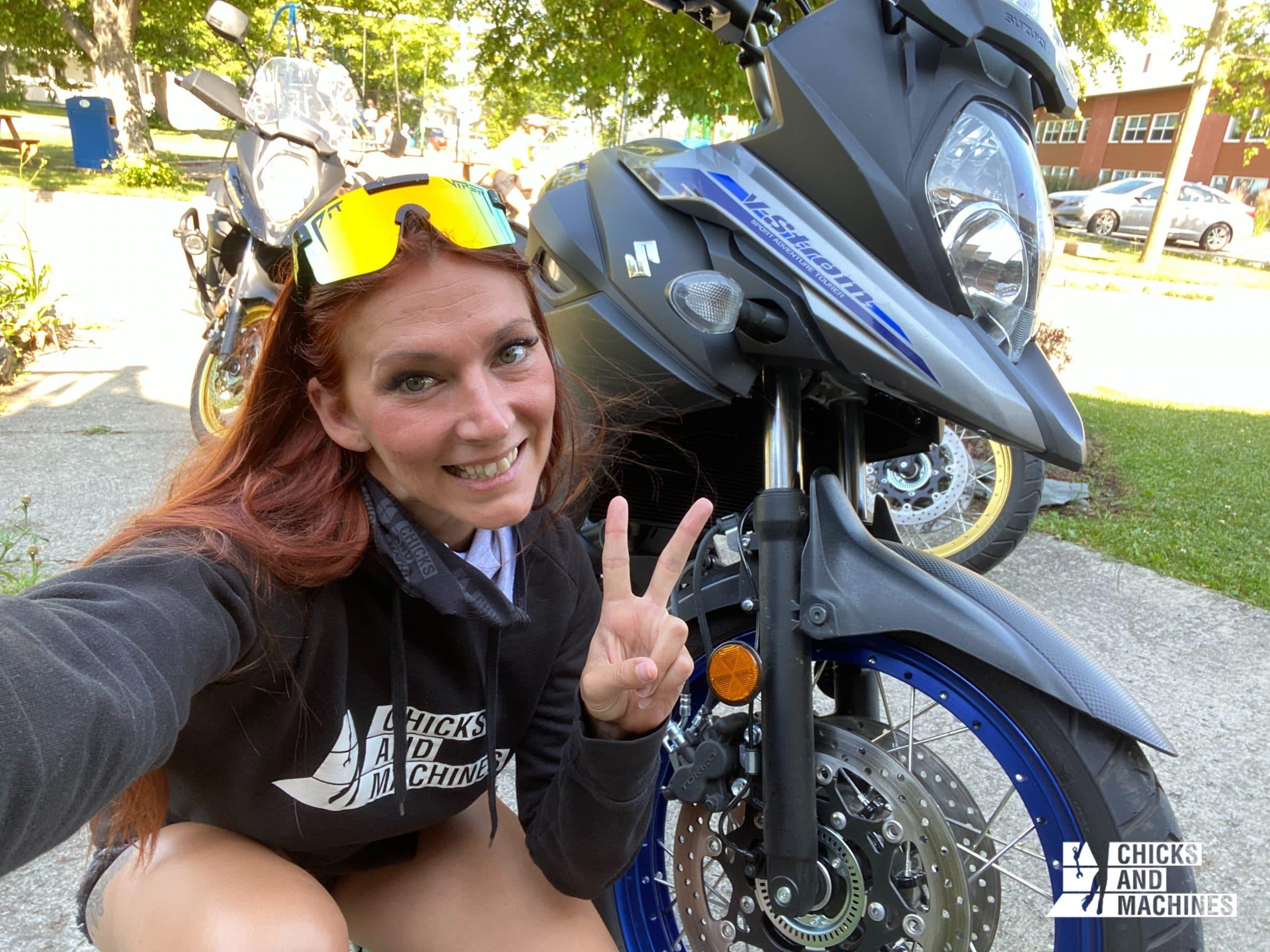 Caro changera-t-elle sa moto pour la V-Strom ? ;)